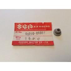 Suzuki GS550,GS1100 All Models Cowling/Headlight Rubber Plug 09250-06007