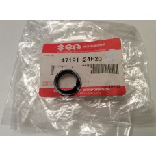 Suzuki GSX1300 Hayabusa Fairing/Luggage Bolt/Cap 47191-24F20-000