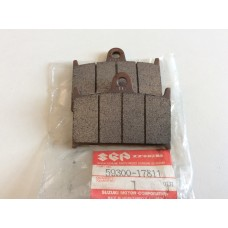 Suzuki RF900R Front Brake Pad Set 59300-17811