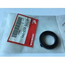 Honda nsr250 crankcase oil seal 91205-KV3-771