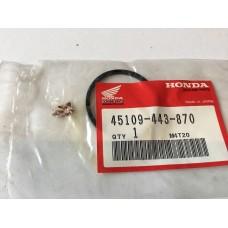 Honda nsr250r nt400l cb400f cbr600f rear caliper dust seal 45109-443-870