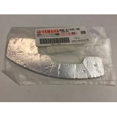 Yamaha dt125r dt125 insulator, side Cover 2 4dk-2174t-00