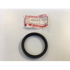 Kawasaki an110 bn125 ex250 front wheel oil seal 92049-1173