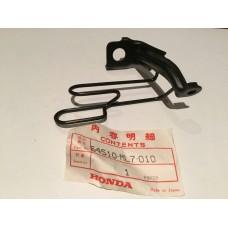 Honda vfr750f stay,r lwr fairing 64510-ml7-010