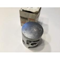 Yamaha dt125 78-81 piston 1, 0.25 o/s 2a6-11635-00